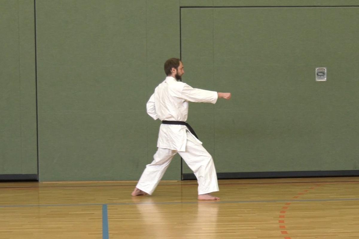 Course Image unsere erste Kata: Taikyoku Shodan